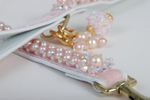 Petal Bubbles<br />Freshwater Pearl Leash&lt;br /&gt;