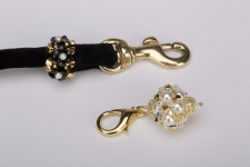Black Golden Pearl Party Puff Leash