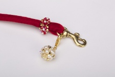 Ruby Golden Pearl Party Puff Leash
